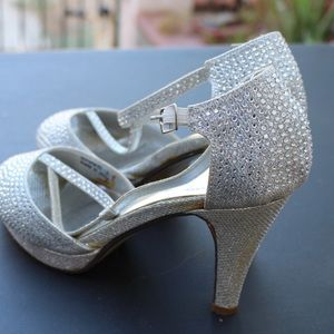 Shoes Morena size 8 with crystals